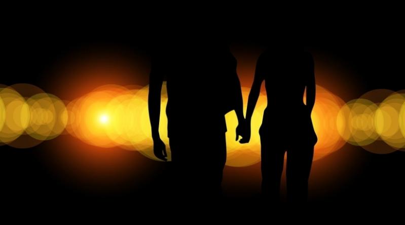 Do poets or philosophers romance better?