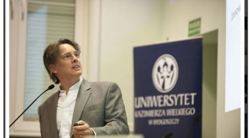 Two entrepreneurship articles at JA Brazil